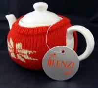 1358x-05 Dzbanek do herbaty w sweterku