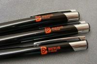 8893m-03 Przyciskany długopis