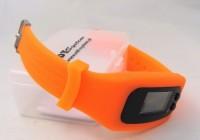 12613105f Zegarek z krokomierzem i wyświetlaczem LED w etui
