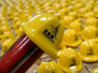 040080c-02 Brelok kask budowlany