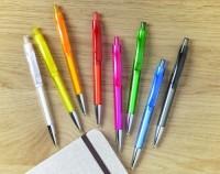 8813m Przyciskany długopis