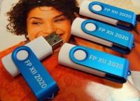 1102usb 8GB 1102usb Pamięć USB 8GB (import)