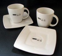 M_109 280ml kubek Manhattan Lunch Set 280ml z TALERZYKIEM